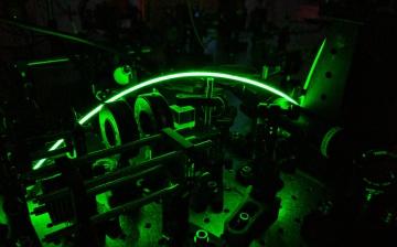 Matt van Breugel - Nanodiamond Lab